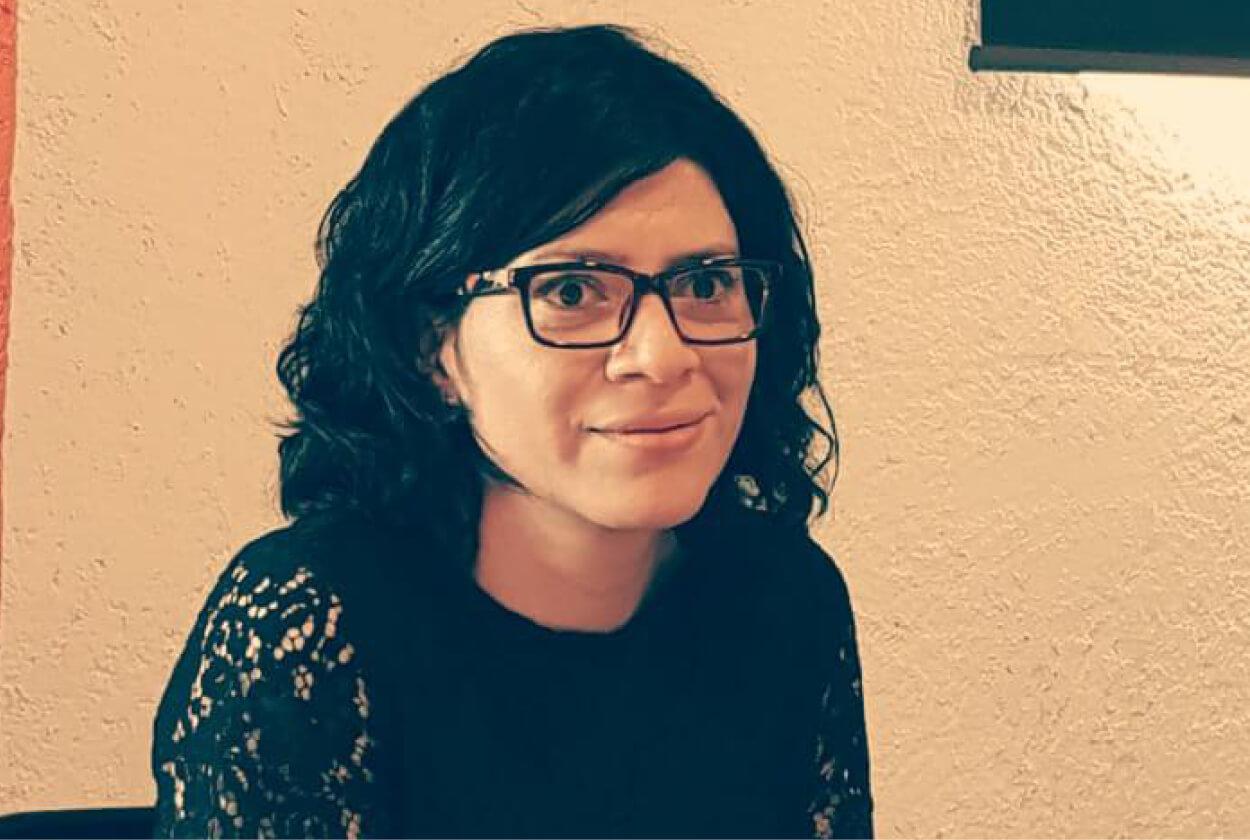 """Rosana Ricardez, egresada Magíster Literatura latinoamericana: """"Los profesores del programa tienen una calidad impresionante"""""""